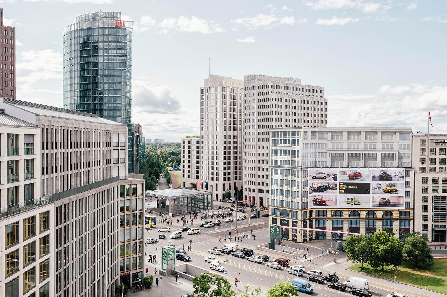 DINA Immobilien Services aus Berlin